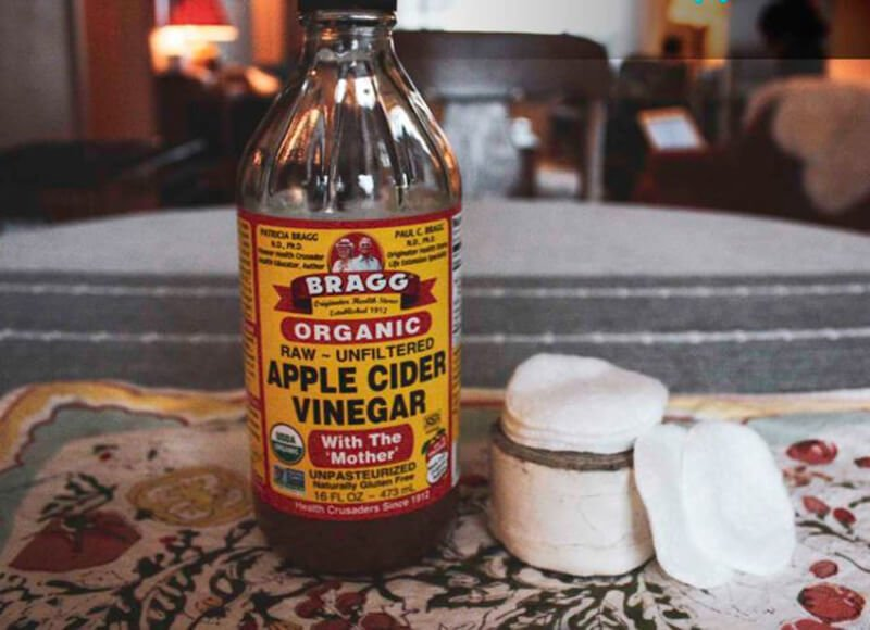 How would you use apple cider vinegar to treat warts
