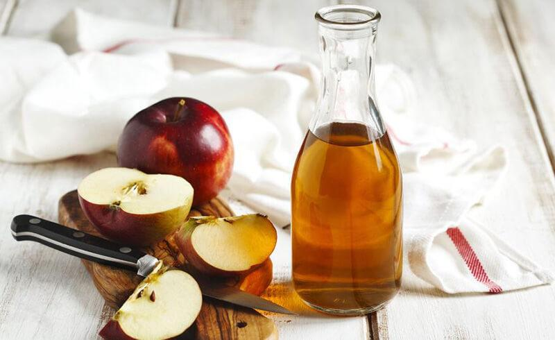 Here are a Few of the benefits of Apple Cider Vinegar for cows