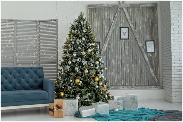 How to Remove And Dispose of a Christmas Tree